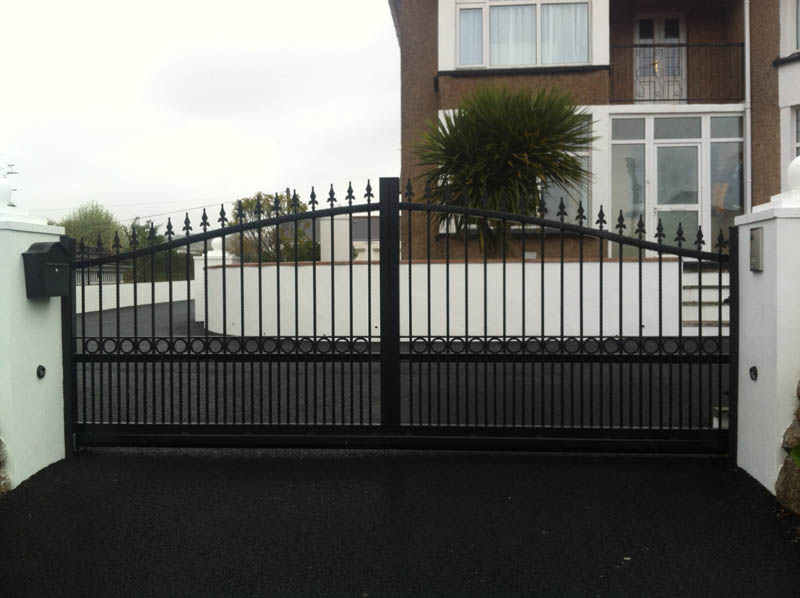 Westcountry gates automatic electric sliding in