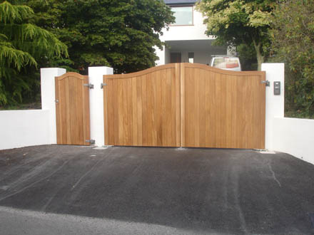 Westcountry Gates Amp Barriers Automatic Gates Electric